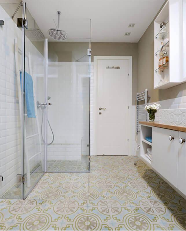 דלת פנים עמידה במים לחדר האמבטיה
